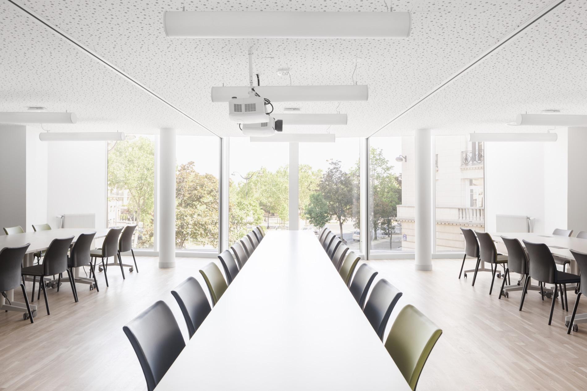 LOWENDAL_12-salle de réunion