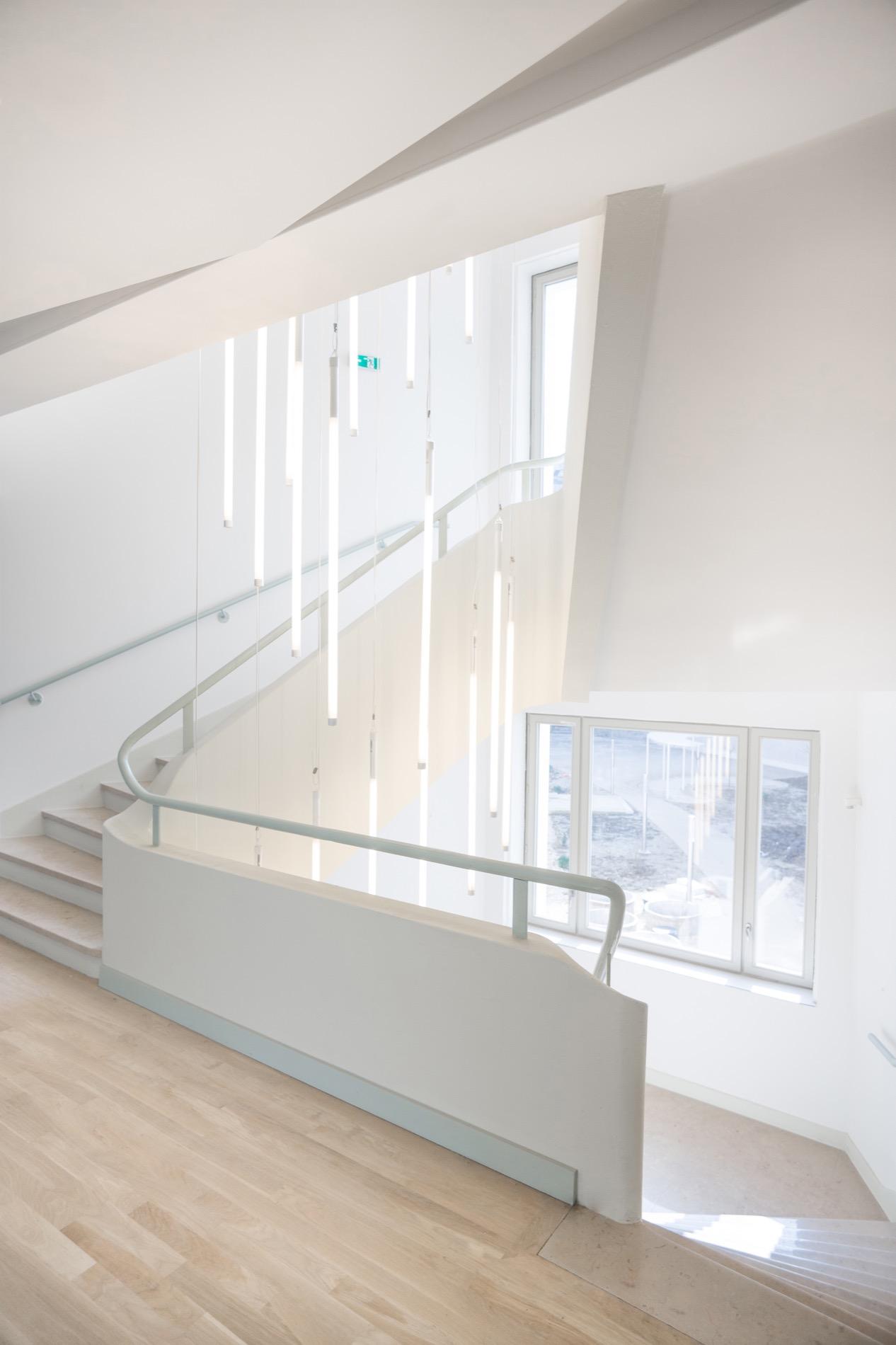 LOWENDAL_13-escalier principal